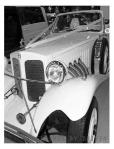 vintage-wedding-cars-for-hire-weddings-by-driven