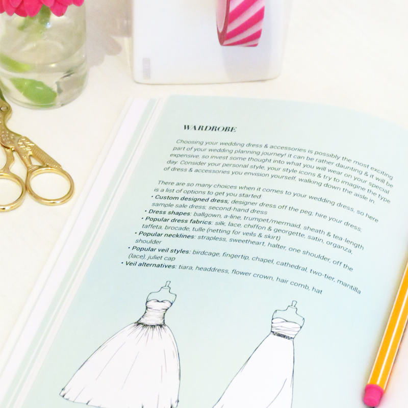 Books planners my little wedding book this is your perfect little book that you can take with you on all your wedding planning adventures to have by your side to support you in all the answers solutioingenieria